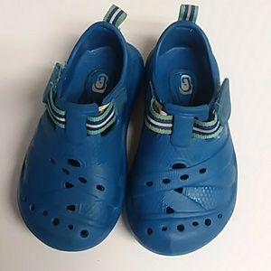 Childrens Place Swim Water Shoes Velcro Blue